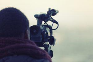 Videógrafo grabando